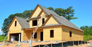 Właściwie z aktualnymi kodeksami świeżo wznoszone domy muszą być oszczędnościowe.